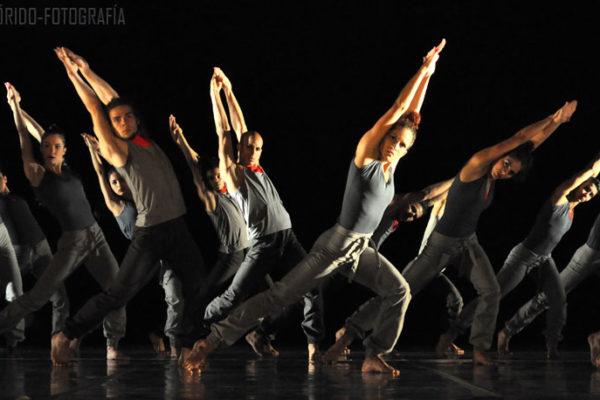 dança alicia arteaga, figurino Macussa'