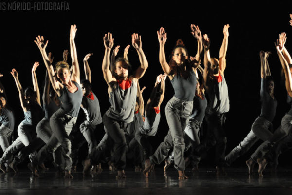 dança alicia arteaga, figurino Macussa